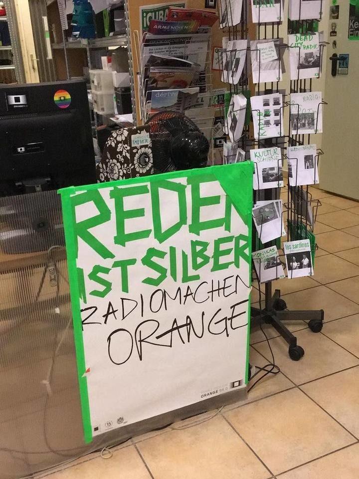 Eine meiner Leidenschaften ist auch das Radiogestalten – hier beim Sender Radio Orange, leider fehlt momentan die Zeit dazu.
