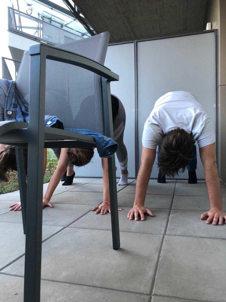 Yoga-1000things